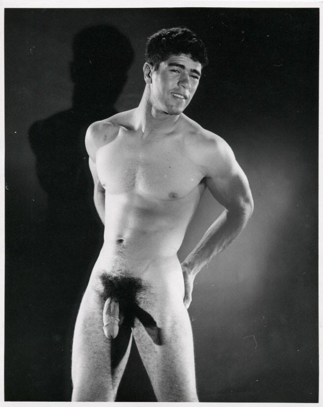 http://uncut.rainbow17.free.fr/vintage/treasure-trove/Bruce%20of%20LA/Bart_Horne_Bruce%20of%20LA.jpg