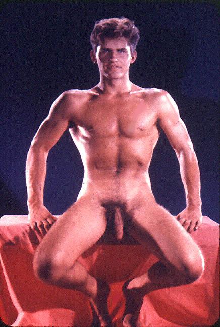http://uncut.rainbow17.free.fr/vintage/treasure-trove/Bruce_of_LA/BLA1024-6.jpg