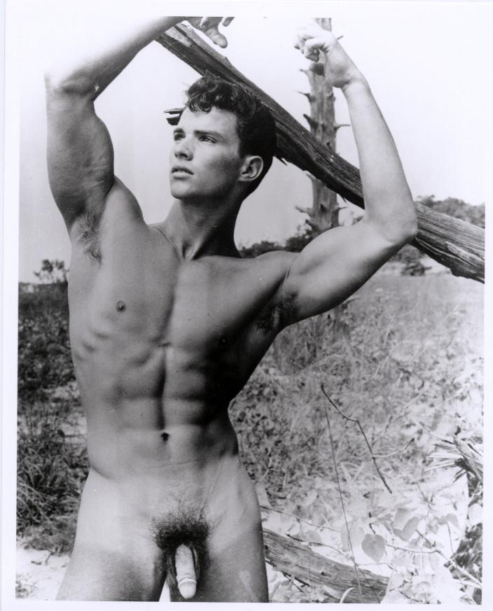 http://uncut.rainbow17.free.fr/vintage/treasure-trove/Glenn_Bishop/Glenn_Bishop5.jpg